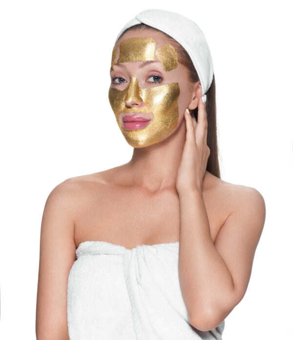 model with face painted in gold - dr anh - image 02