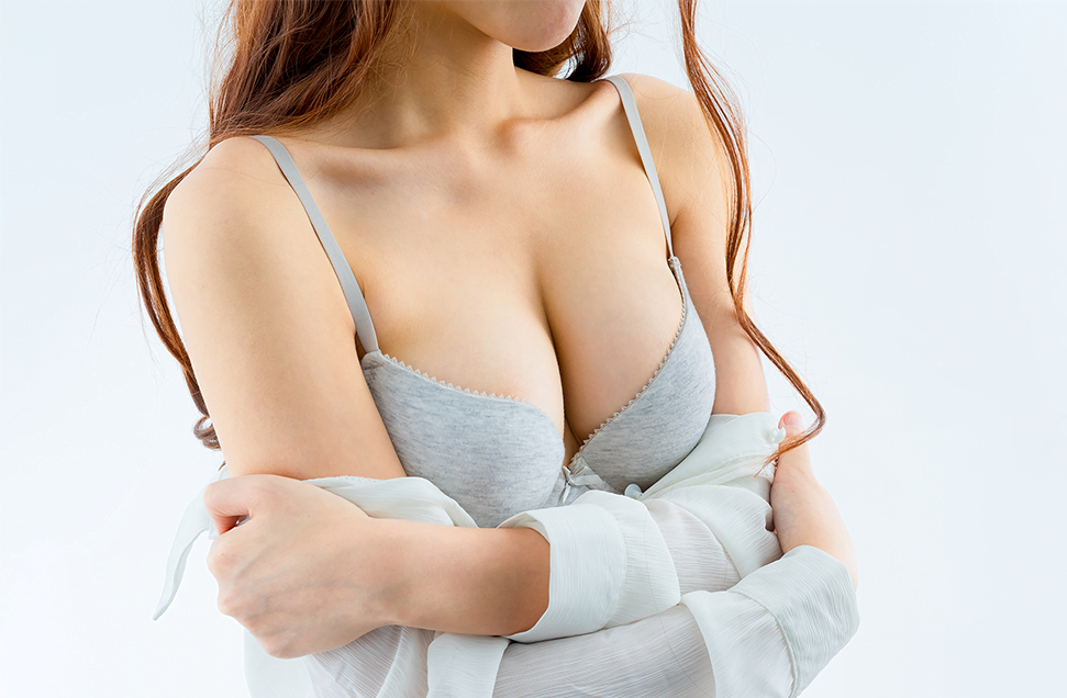 Breast augmentation and lift photos, model 03